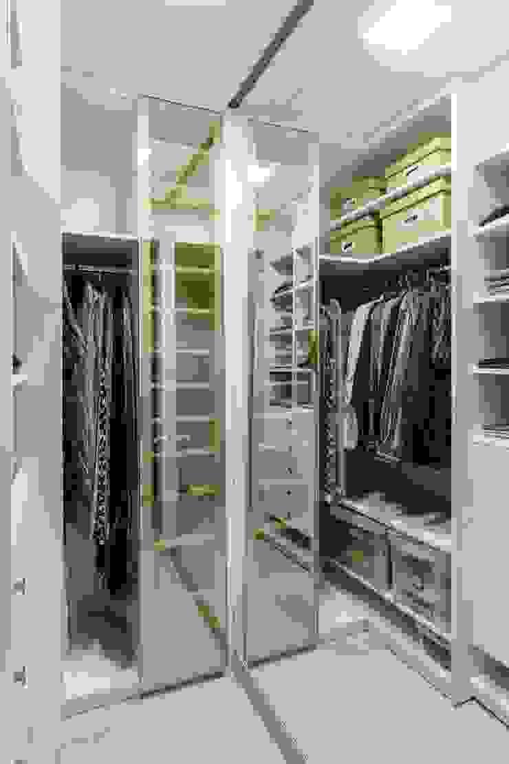 CLOSET GS_MENINO DEUS Closets por Ambientta Arquitetura Industrial
