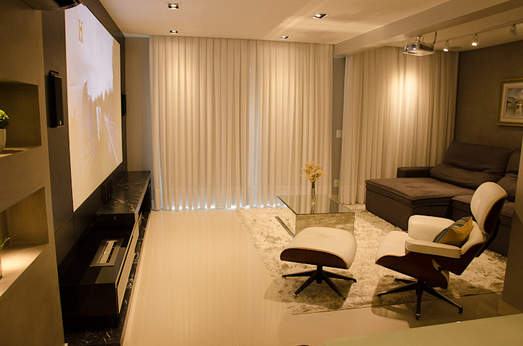 Living Room - G+B Apartment Minimalist living room by GhiorziTavares Arquitetura Minimalist