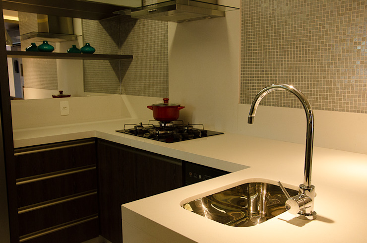 Kitchen - G+B Apartment Minimalist kitchen by GhiorziTavares Arquitetura Minimalist