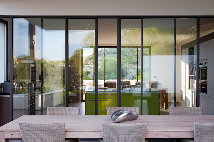 Vivienda Unifamiliar Balcones y terrazas de estilo moderno de Eduardo Irago Fotografia Moderno
