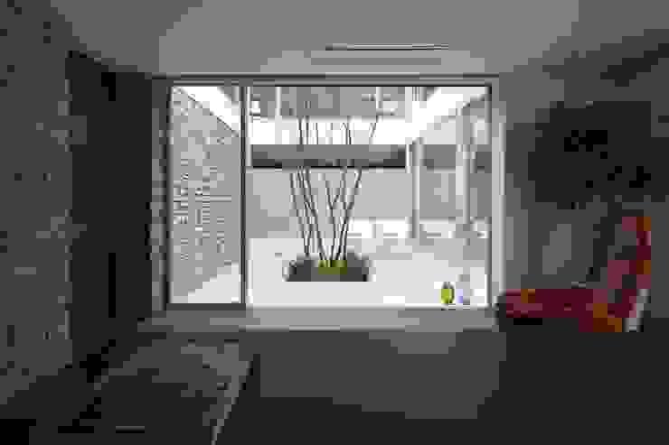 SAKURA SAKURA SAKURA HOUSE モダンデザインの 書斎 の Mアーキテクツ|高級邸宅 豪邸 注文住宅 別荘建築 LUXURY HOUSES | M-architects モダン