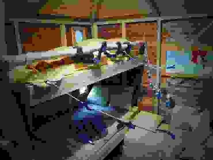 Une cabane a Aix en Provence Chambre d'enfant méditerranéenne par Cabaneo Méditerranéen Bois Effet bois