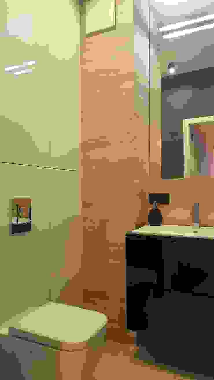 Mieszkanie 50 m2 na warszawskiej ochocie Nowoczesna łazienka od Project Art Joanna Grudzińska-Lipowska Nowoczesny