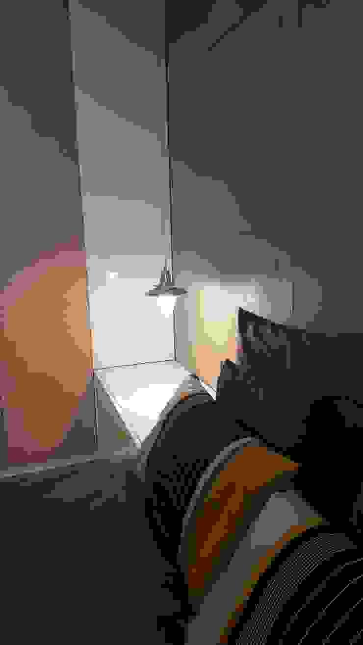Mieszkanie 50 m2 na warszawskiej ochocie Nowoczesna sypialnia od Project Art Joanna Grudzińska-Lipowska Nowoczesny