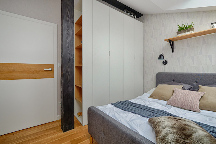 Scandinavian style bedroom by DreamHouse.info.pl Scandinavian