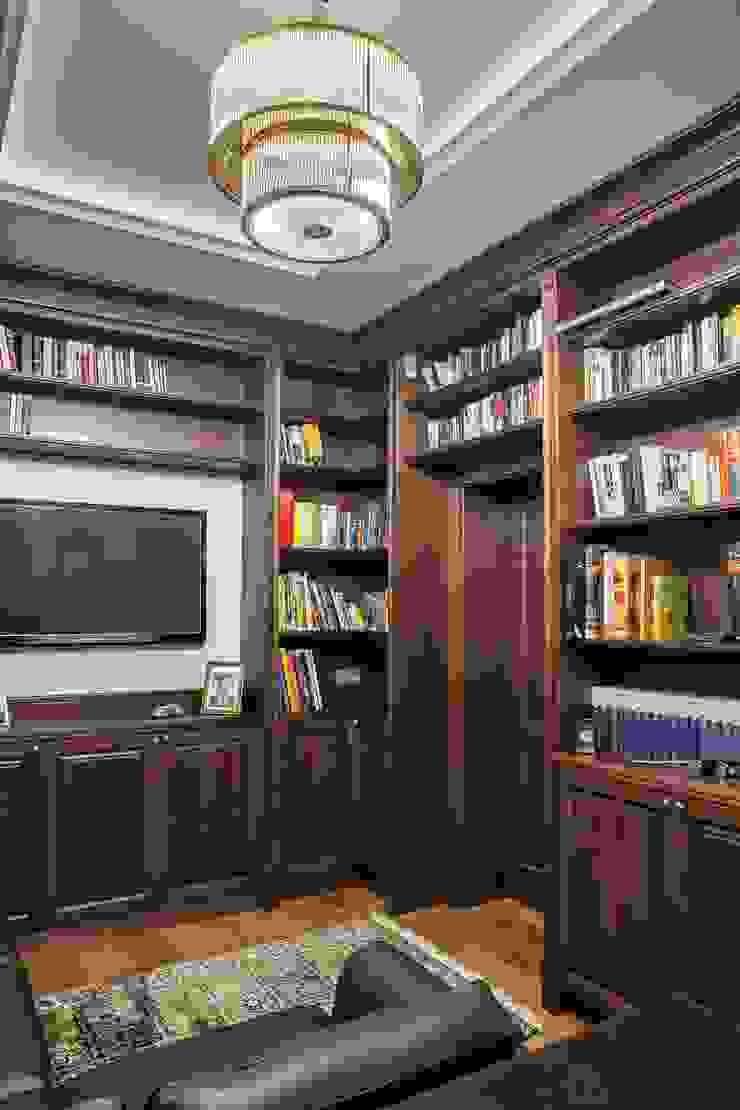 Oficinas de estilo clásico de RS Studio Projektowe Roland Stańczyk Clásico Madera Acabado en madera