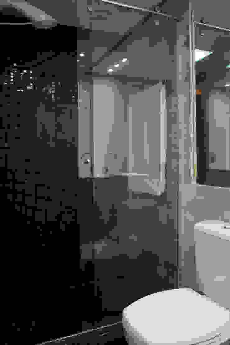 Banheiro Masculino Banheiros minimalistas por arquiteta aclaene de mello Minimalista
