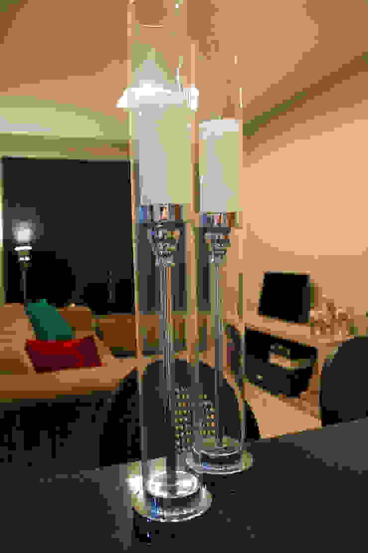 detalhes Salas de estar minimalistas por arquiteta aclaene de mello Minimalista