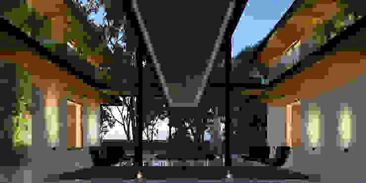 IMI CC Balcones y terrazas coloniales de Esquiliano Arqs Colonial