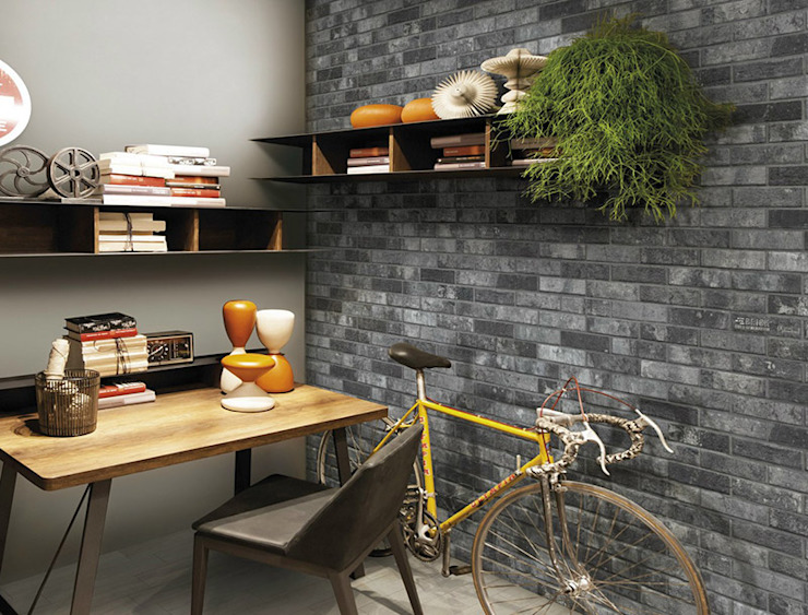 Battersea Stafford Charcoal Brick Effect Tile di The London Tile Co. Moderno
