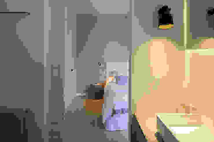 BIDDULPH MANSIONS, MAIDA VALE Modern Bedroom by Ardesia Design Modern