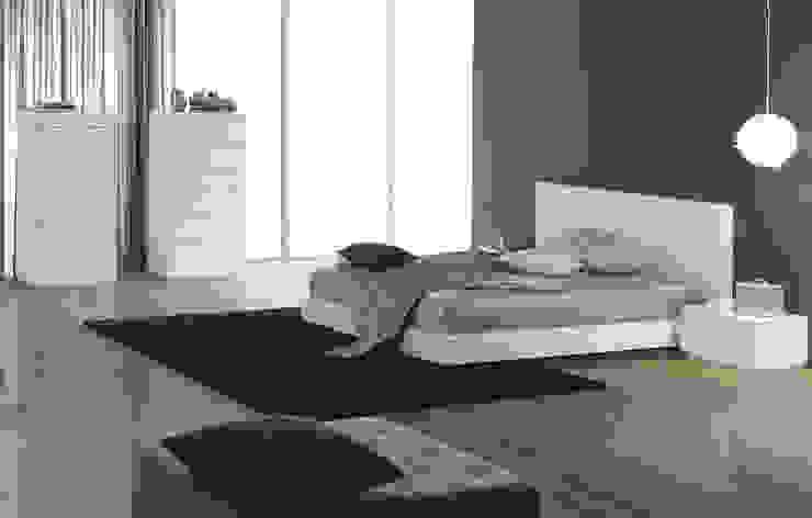 Intense mobiliário e interiores RecámarasCamas y cabeceras