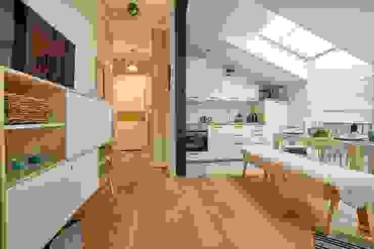 Kitchen by DreamHouse.info.pl, Scandinavian