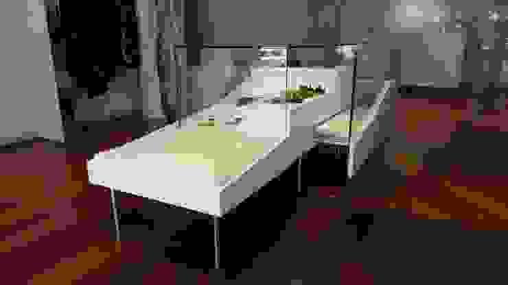 BOUTIQUE DIANA CEPEDA - Mueble exhibición central de Mako laboratorio Minimalista Madera Acabado en madera