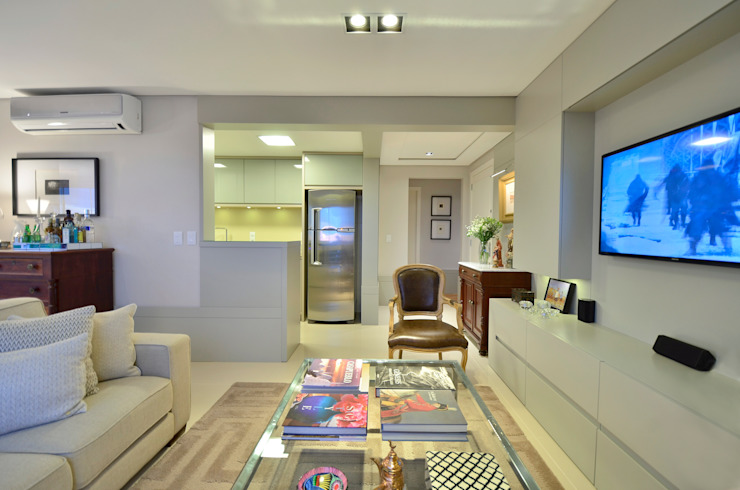 Sala de estar Salas de estar modernas por Stúdio Márcio Verza Moderno Madeira Efeito de madeira