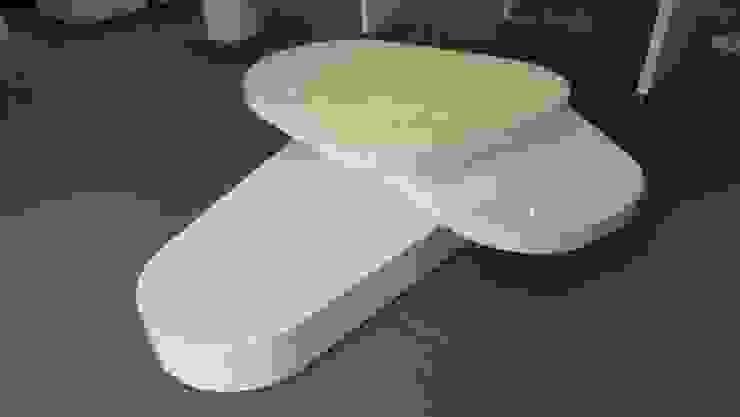 TIENDA LACOSTE BOGOTA - Mueble exhibición de Mako laboratorio Minimalista Madera Acabado en madera