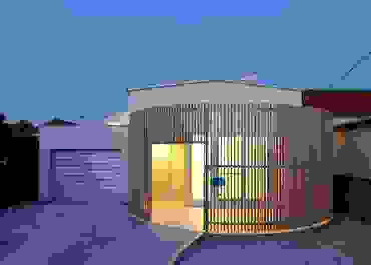 外観(夜景) オリジナルな 家 の Unico design一級建築士事務所 オリジナル