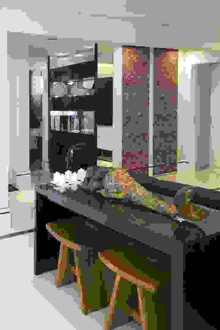 by Adriana Scartaris: Design e Interiores em São Paulo Modern
