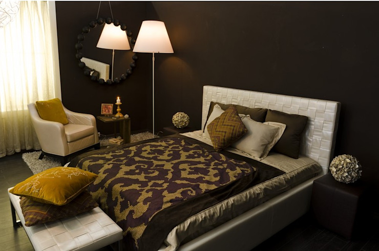 Eclectic style bedroom by INGAART Eclectic