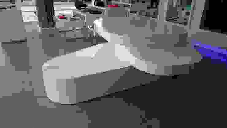 TIENDA LACOSTE BOGOTA - Mueble exhibición de Mako laboratorio Minimalista