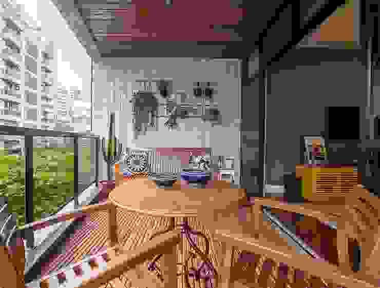 Apartamento Leblon Varandas, alpendres e terraços modernos por Duplex Interiores Moderno