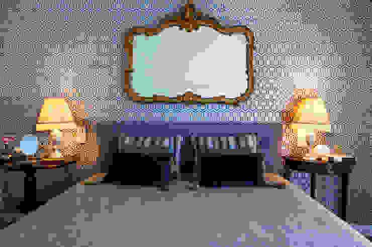 Phòng ngủ phong cách chiết trung bởi Spacemakers Chiết trung
