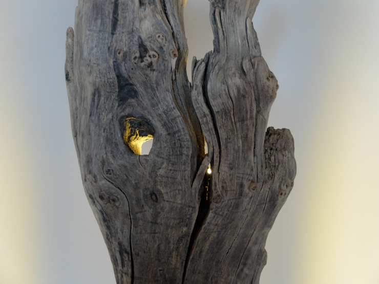 Stehlampe Ignis - Upcycling von LuxUnica LuxUnica - Upcycling-Kunst WohnzimmerBeleuchtung
