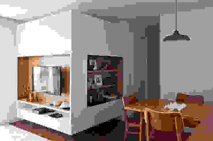 by INÁ Arquitetura Scandinavian