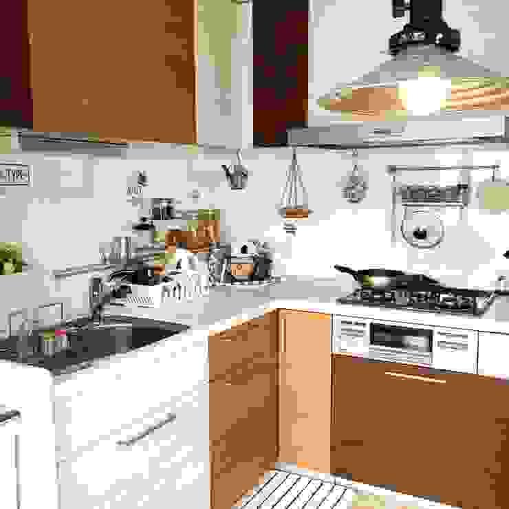 健康的な生活を支える贅沢なキッチン オリジナルデザインの キッチン の 高嶋設計事務所/恵星建設株式会社 オリジナル