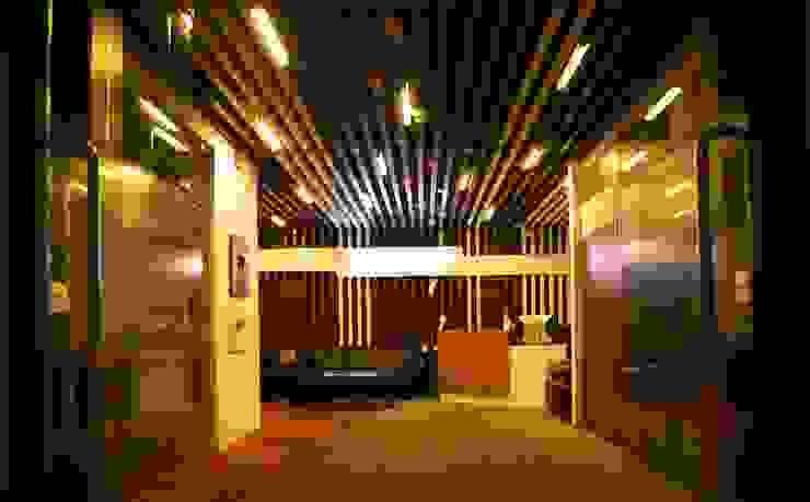 Zimbra Technologies by axii design consultant pvt.ltd. Modern