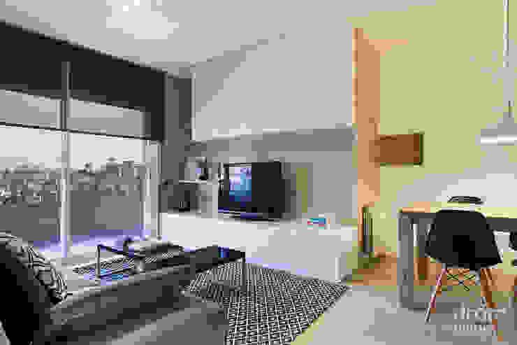 Salas de estilo clásico de Dröm Living Clásico