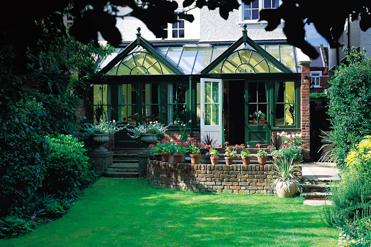 Traditional Conservatory Rustic style conservatory by Westbury Garden Rooms Rustic Wood Wood effect