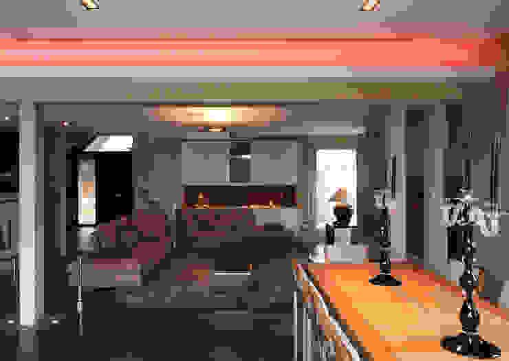 warm design interieur:  Woonkamer door Sfeerontwerp, Modern