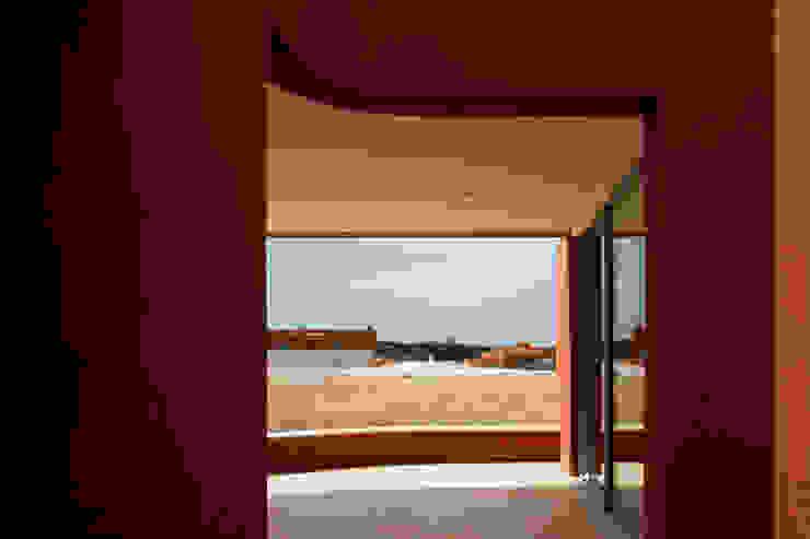 The O HouseBom Sucesso, Design Resort, Leisure & Golf, Óbidos Mediterranean style balcony, veranda & terrace by Atelier dos Remédios Mediterranean