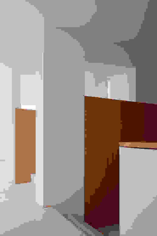 O House – Bom Sucesso, Design Resort, Leisure & Golf, Óbidos Corredores, halls e escadas mediterrânicos por Atelier dos Remédios Mediterrânico