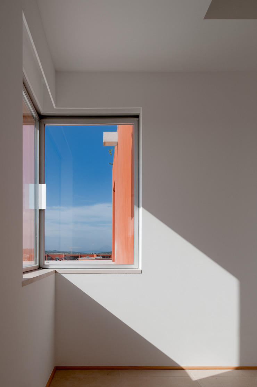 The O HouseBom Sucesso, Design Resort, Leisure & Golf, Óbidos Mediterranean style windows & doors by Atelier dos Remédios Mediterranean