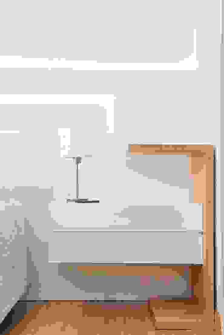 Trua arqruitectura Minimalist bedroom