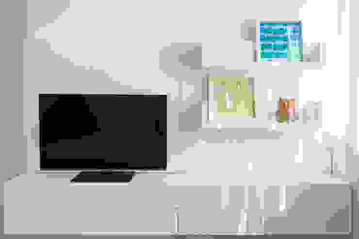 Trua arqruitectura Minimalist living room