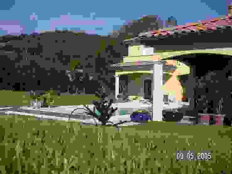 Projet maison avec piscine Lentilly Concept Creation Jardin moderne