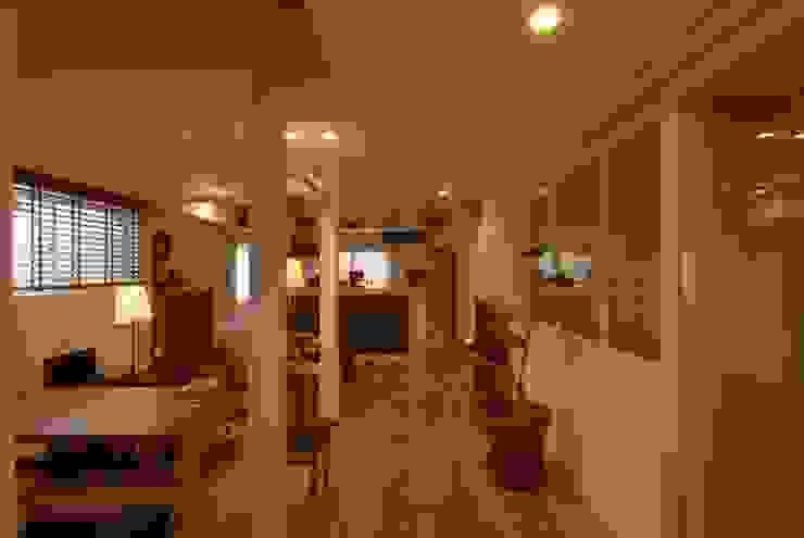 居間のくつろぎ空間その2 株式会社TERRAデザイン カントリーデザインの リビング 木 ブラウン