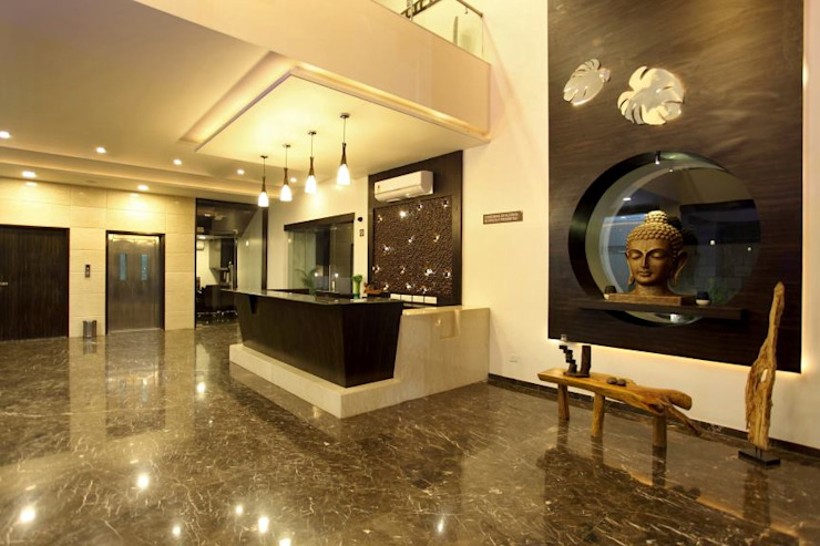 Hotel The Grand Daksh Modern living room by RUST the design studio Modern