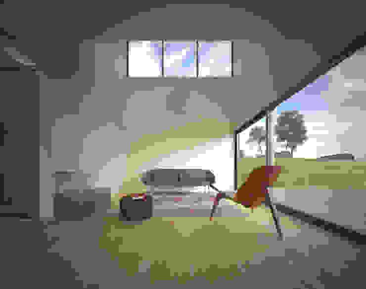 Redux – Arquitectura Modular Sustentável por João Araújo Sousa & Joana Correia Silva Arquitectura Moderno