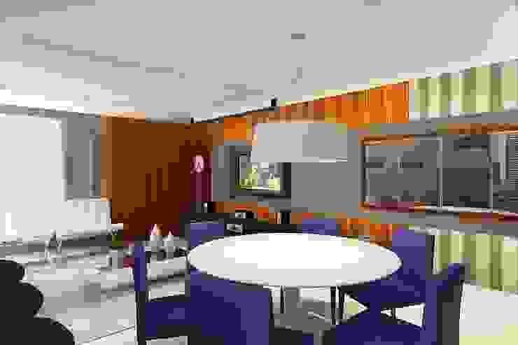 Apartamento (1) em Blumenau – SC – Brasil Salas de estar modernas por Modulo2 Arquitetos Associados. Moderno MDF
