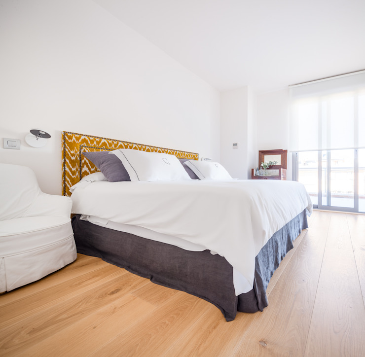 Minimalist bedroom by Tarimas de Autor Minimalist Wood Wood effect