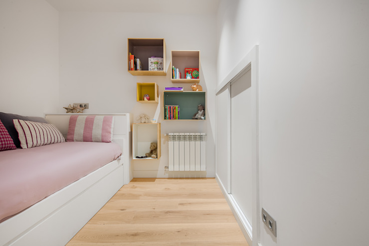 Minimalist bedroom by Tarimas de Autor Minimalist Wood Wood effect