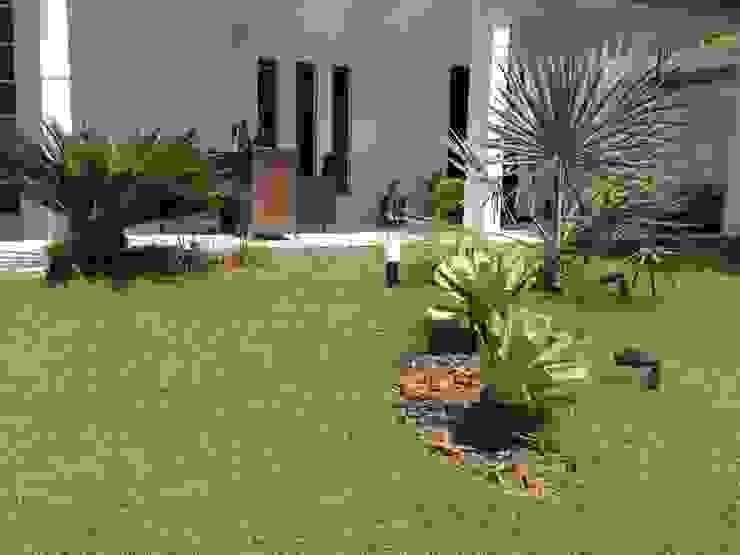 Residência Rodrigues Jardins modernos por Marcos Assmar Arquitetura | Paisagismo Moderno