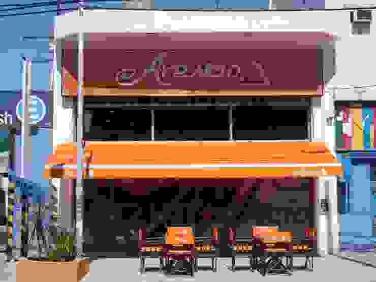 Foto Obra terminada Heladeria Arancio- La Tablada - Pcia de Bs As - Argentina. Bares y clubs de estilo moderno de Vision Digital Architecture Moderno