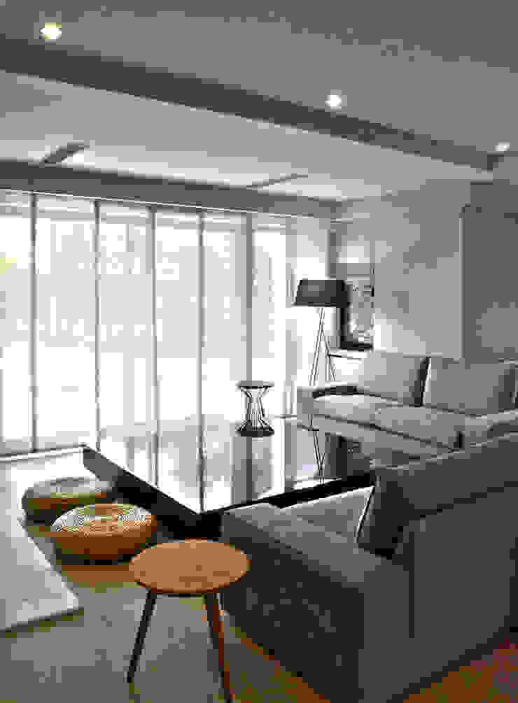 Salon TV Bölümü Modern Oturma Odası MONOBLOK DESIGN & INTERIORS Modern