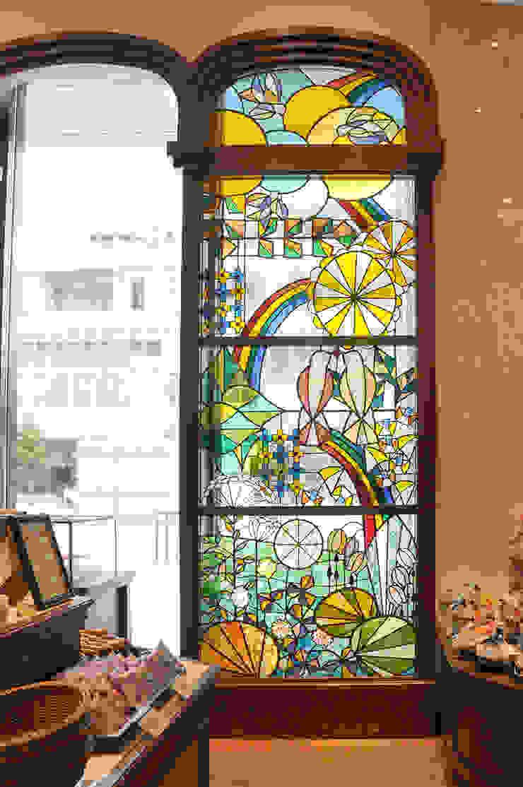 北海道の夏!のステンドグラス オリジナルな商業空間 の マルグラスデザインスタジオ オリジナル ガラス