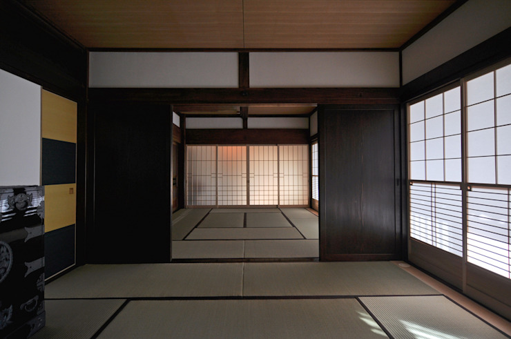 客間(8畳+10畳) の (株)独楽蔵 KOMAGURA